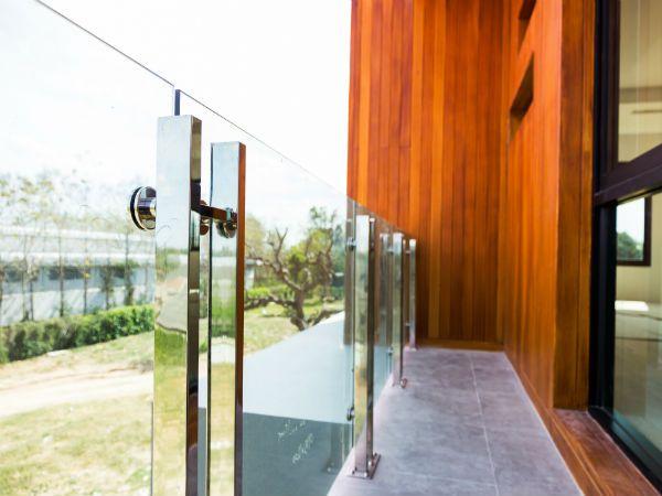 Barandillas de aluminio al mejor precio para interior y exterior