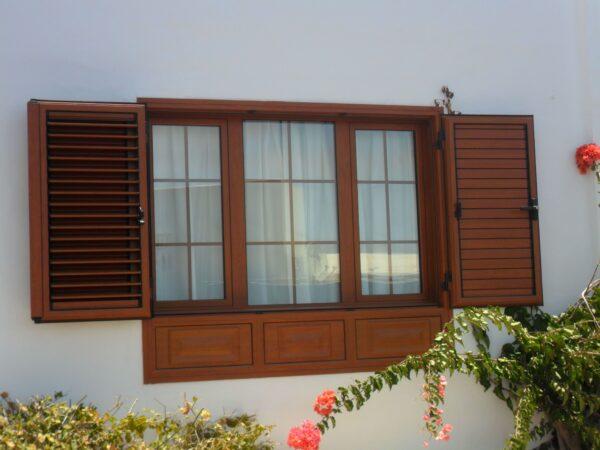 Beneficios de las ventanas de aluminio imitando la madera
